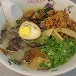 肥後のれん - パーコー麺+揚げニンニク