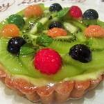 リュド コマンセ ナチュール - バースデーホールケーキ