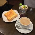 イトーヤ コーヒー ショップ - モーニングセットフリー(630円)
