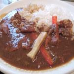 チリン - お気に入りの、但馬鶏チキンカレー。 ごはんは玄米と白米をハーフでお願いしました。 ほろほろにやわらかい鶏肉が美味しいです。