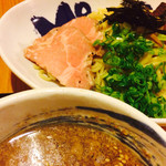 二代目 もんごい亭 - つけ汁越しの がっつり魚介つけ麺
