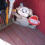グランマ - 玄関横のペット看板