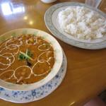 インディアン・レストラン ロタ - ダル(豆カレー)と、バスマティライス♪