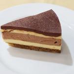 カーヴ・デ・ヴィーニュ - チョコレートとカスタードのムース
