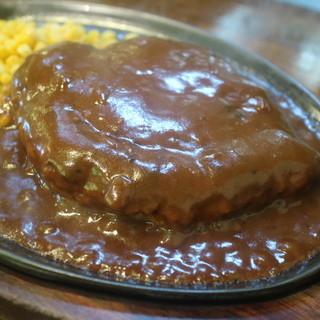 カロリーハウス - 料理写真:400gの巨大ハンバーグ
