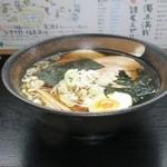 国見サービスエリア(下り線)スナックコーナー - 喜多方ラーメン 780円