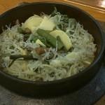 魚楽 - ジャコ釜飯