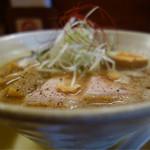 麺元素 - 料理写真:中々 720円