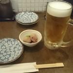 豚焼き 田 - 突き出しとビール
