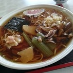 矢久亭 - 料理写真:山菜ラーメン