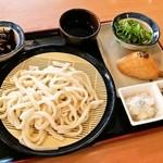 讃岐製麺 - ざるうどんとおかずいろいろ