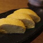 蕎麦の実 よしむら - だし巻きはふわふわ。やっぱり京都は卵焼きが美味しいです