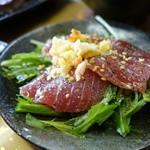日本酒肉バル 市場レストラン うどん虎 - まぐろのカルパッチョ