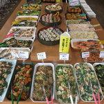 ナス - 1200円で食べ放題の惣菜バイキング メニューは毎日変わり、30種類以上の品揃え