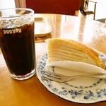 ドトールコーヒーショップ - 料理写真:ケーキセット@アイスコーヒー&ミルクレープ