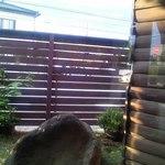 さくらさく - 店内 テーブル席から見る坪庭の風景♪w