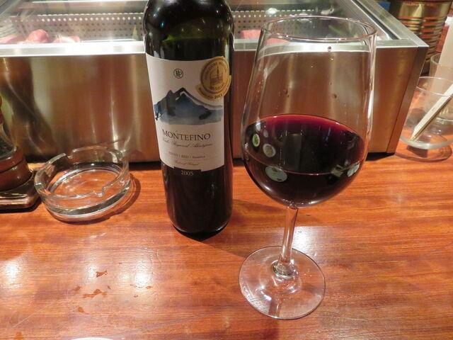 ビストロ カルネジーオ - 赤ワイン1