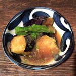Nuku - 茄子煮おろし(とりわけ後)