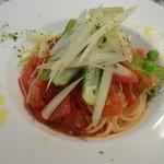 トラットリア アルベロ - フレッシュトマトの冷製パスタ
