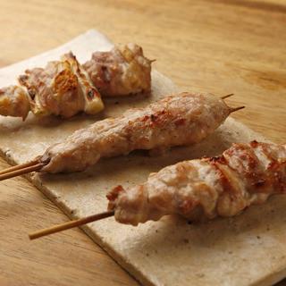 【国産鶏】故郷新潟の旨い鶏肉と塩を使って焼く