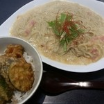 39445738 - カルボナーラの蕎麦セット 1450円