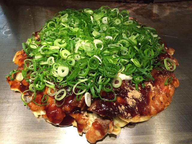 戸田亘のお好み焼 さんて寛 - スジ焼き