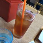 大むら - ドリンク写真:烏龍茶もあります。