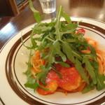 Fam - トマトソースパスタ
