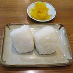 うどん満月 - 白おにぎり80円×2