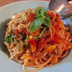 39458313 - アンチョビと地元野菜のトマトソースパスタ