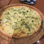 あずまし亭 - しらすとねぎのピザ2015.06.29