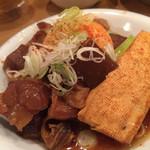 かっぽうぎ - 牛すじ豆腐煮
