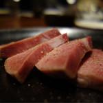 焼肉ダイニング 甲 - 山形牛 厚切りタン