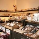 モリカ - カフェで使用している食材は、併設の店舗で購入できます