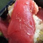 どん丼 - 想像以上にネタが大きい!味も悪くない