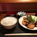 木槿 - 料理写真:今日の日替わりランチ、限定8食はクリームコロッケでした、ご飯大盛りで500円ぽっきりの大サービスメニューです