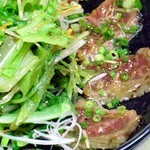 和食工房 - 牛たたきサラダ