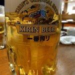 嘉っとび居酒屋ざぶん - まずは何時ものように生ビールからのスタートです。ここは一番搾りですね。ぷふぁ~、美味しい!!たまりませんよ。
