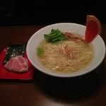 東行 - 料理写真:冷塩ラーメン