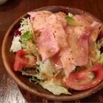 スパゲティーnokishita - ベーコンのサラダ、まあそのままですね