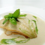 エルデクレール - マトウ鯛のポワレ、アンチョビとパセリのソース