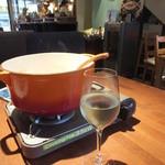 Dukes - 白ワイン:450円