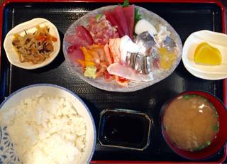 魚源商店 - 御さしみ定食