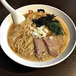 日の出製麺 保内工場 - 煮干しラーメン 大盛り 710円