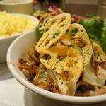 PARADISE CAFE MODERN - 本日のメインディッシュ(豚肉とキャベツのしょうが焼き)(モダーンランチ)