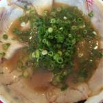 宮っ子ラーメン - チャーシュー麺