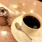 喫茶モンブラン - おしぼりあるよ。
