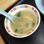 松華 - 東村山黒焼きそば(700円)のスープ2015年6月