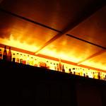 FOS - 間接照明とウイスキーの小瓶 2015年4月