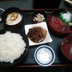 Maguroryourikibun - A定食1,000円です。ボリューム、満足度共に抜群です。